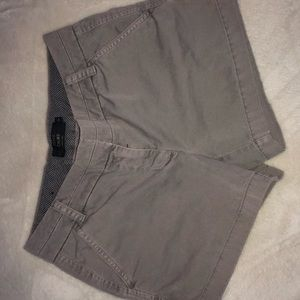 Chino J crew dark khaki grey shorts super adorable